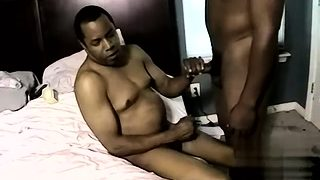 Distribution amateur gay James Gets Some Raw Ass