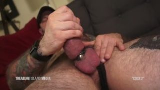 Jack Dixon milks a fat load out of his meaty cock