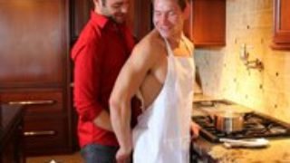 ManRoyale – Nine Incher Tommy Defendi Pounds Twink