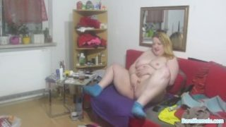 WebCamGirl of SexyEllie. My pussy is nice and wet just for you 3