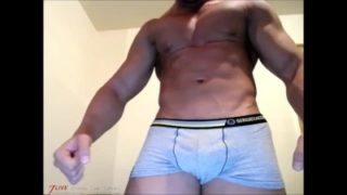 Mario Lucas is a Big Muscular Prick Tease – Live Cam Show from JockMenLive