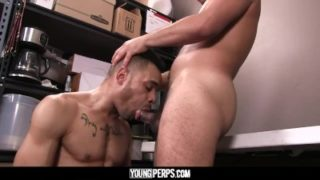 YoungPerps – Sexy Latino Security Guard Barebacks A Black Boy?s Tight Hole